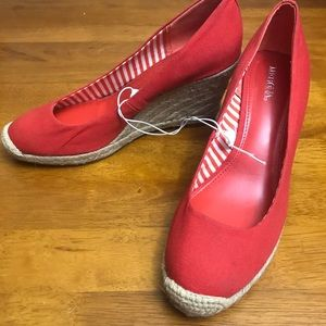 Brand New size 7 Merona Red Canvas Wedge Shoes